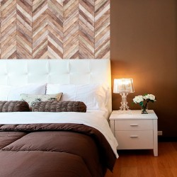 Wood-effect wall vinyl